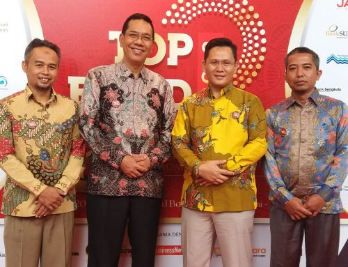 BPRS Lampung Timur Meraih Penghargaan TOP BUMD 2018